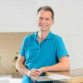 Dr. Frank Liebetrau